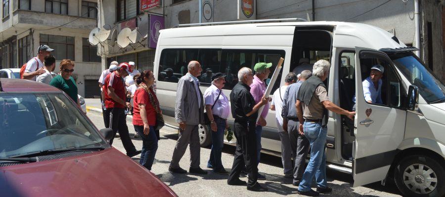 150 KİŞİ İLE DÜZCE'YE DESTEĞE GİTTİLER