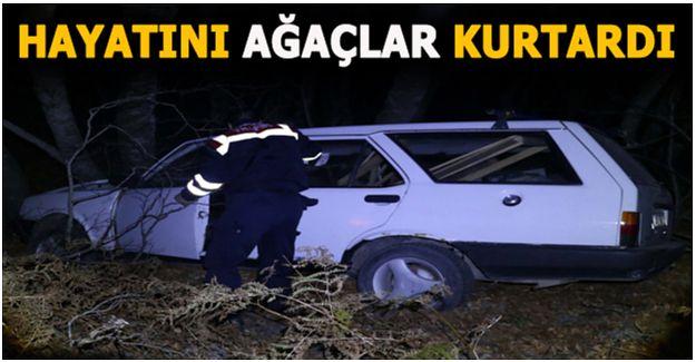 ARAÇ ŞARAMPOLE DEVRİLDİ