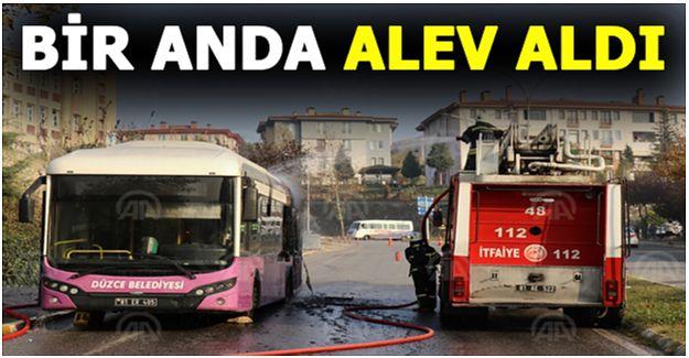 Düzce'de seyir halindeki halk otobüsü yandı