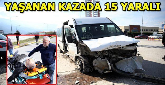 İşçi servisiyle hafriyat kamyonu çapıştı: 15 yaralı