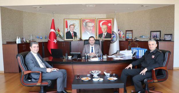 Kaymakam Öztürk ve Albay Çetinkaya'dan Başkan Yanmaz'a ziyaret