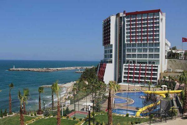 AHMET ÖZHAN KONSER VERMEK ÜZERE SKY TOWER HOTEL'E GELİYOR