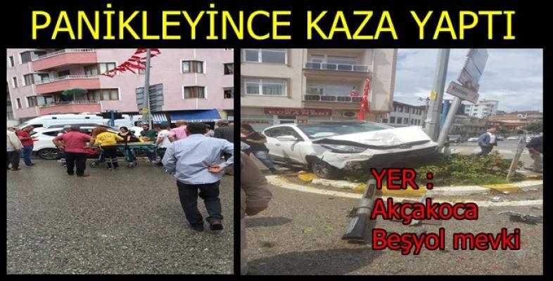AKÇAKOCA ŞEHİR MERKEZİNDE  TRAFİK KAZASI 1 YARALI