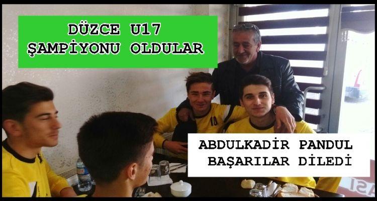 BELEDİYEDEN AKÇAKOCASPOR U17 YE MORAL YEMEĞİ