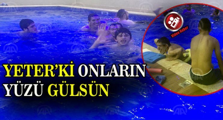 Engelli Çocukların Havuz ve Hamam Keyfi