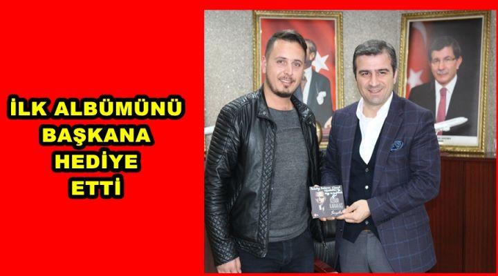 POP SANATÇISI  KARAKAŞ BAŞKAN  YEMENİCİ'Yİ  ZİYARET ETTİ