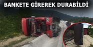 BANKETE GİREREK DEVRİLDİ