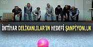 """İhtiyar Delikanlılar""""In Boccede Hedefi..."""