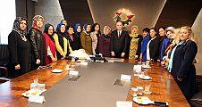 Kadın Kollarından Bakan'a Ziyaret