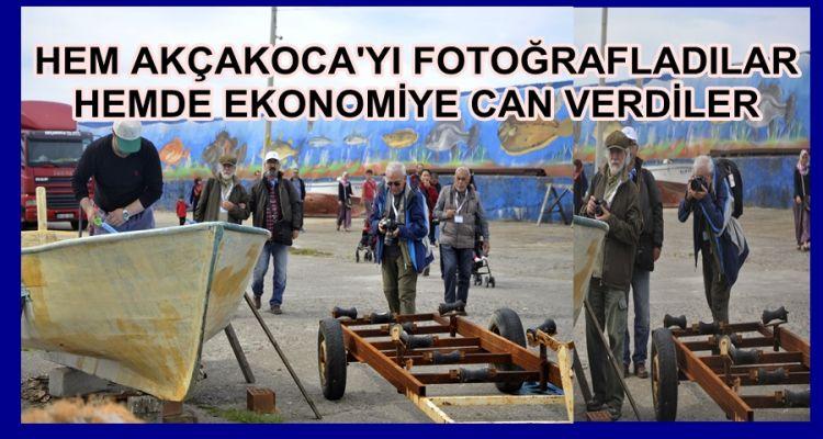 300 FOTOĞRAFCI AKÇAKOCA YA RENK KATTI