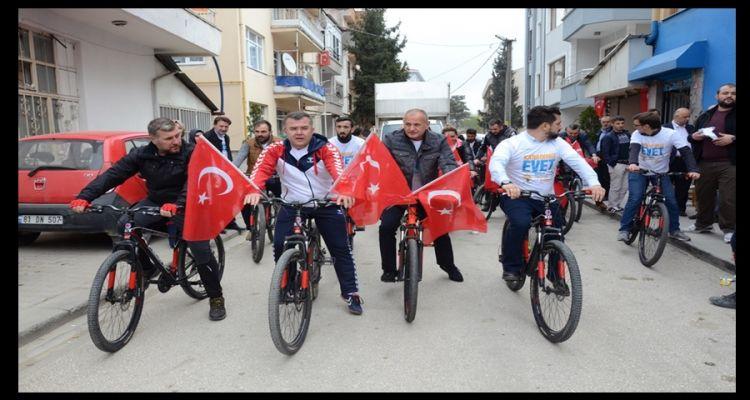 AK Parti Geleceğe Pedal Çevirdi