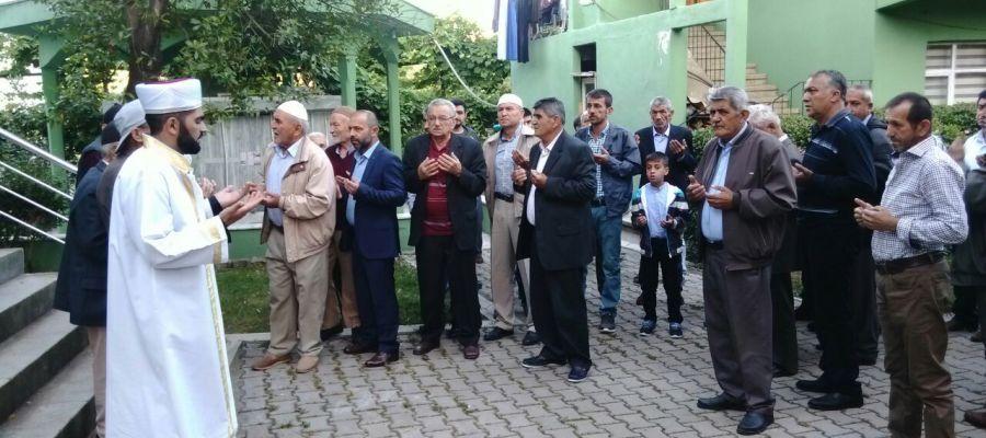 BAYRAMDA CAMİLER DOLDU
