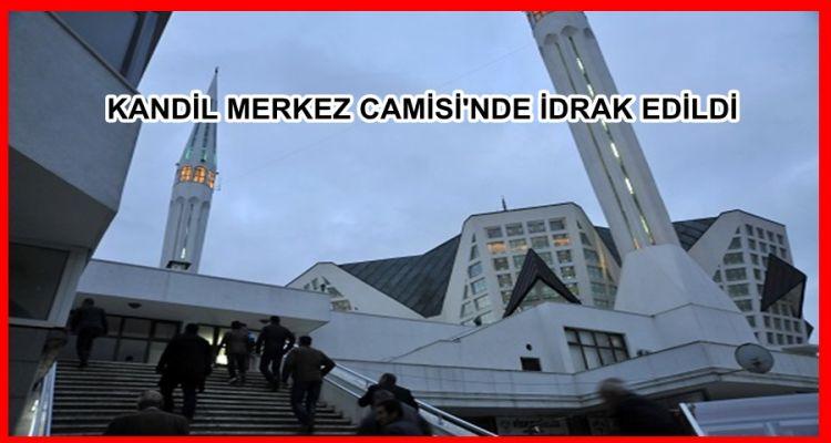 BERAT KANDİLİ MERKEZ CAMİSİ'NDE İDRAK EDİLDİ