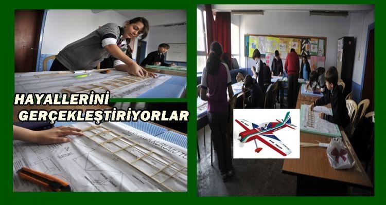 Ortaokul öğrencileri uçak tasarımı yapıyor (GÖRÜNTÜLÜ )